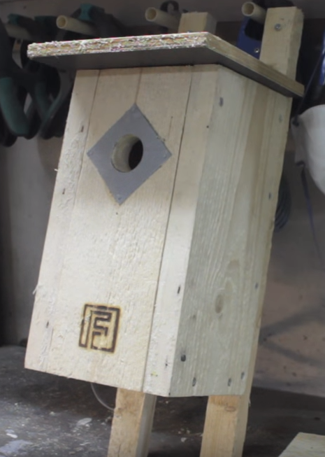 woodworking bird house