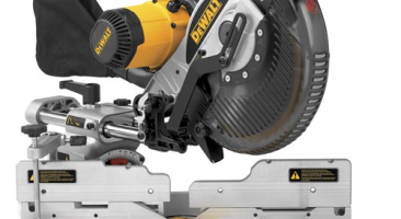 The DEWALT DW717 Review – 10-inch Sliding Compound Miter Saw