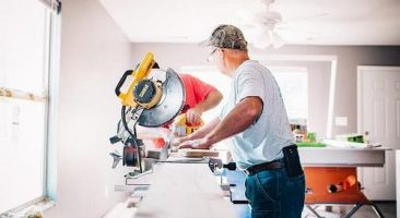 8 Best Sliding Miter Saw For Homeowner and their Reviews