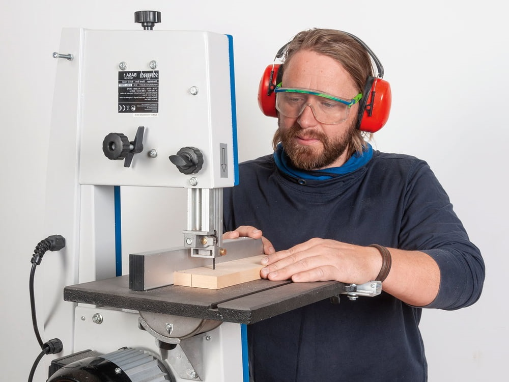 work cleanly with the band saw